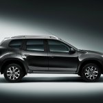 Nissan Terrano (Russia-spec) side press shot