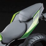 2014 Kawasaki Z250 SL press shots seat