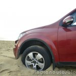 2014 Mahindra XUV500 Review in the sand