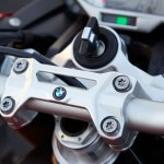 BMW S1000R press image handlebar