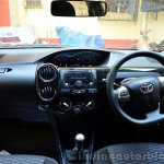 Toyota Etios Cross Review dashboard