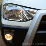 Toyota Etios Cross Review foglights