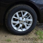 2014 Nissan Sunny facelift diesel review wheel
