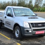 Isuzu D-Max Flat Deck Review front quarters