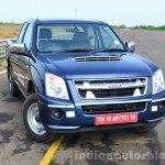 Isuzu D-Max Spacecab Arched Deck Review front three quarters