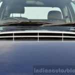 Isuzu D-Max Spacecab Arched Deck Review hood scoop