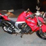 Yamaha FZ FI V2.0 red side