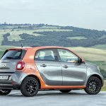 2015 Smart ForFour press shots side