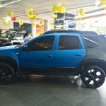 Customized Reanult Duster Side