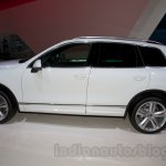 2015 VW Touareg facelift at the 2014 Moscow Motor Show profile