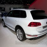 2015 VW Touareg facelift at the 2014 Moscow Motor Show rear quarter