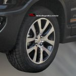 Chevrolet Spin Activ spied in Brazil wheel