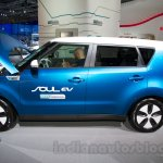 Kia Soul EV at the 2014 Moscow Motor Show profile