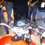 Mahindra Mojo 300 dealer preview speedometer