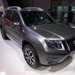Nissan Terrano AWD at the 2014 Moscow Motor Show front quarter