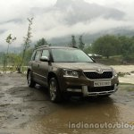 2014 Skoda Yeti front three quarters view review