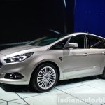 2015 Ford S-Max front three quarter at the 2014 Paris Motor Show (2)