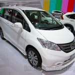 2015 Honda Freed front three quarters at the Indonesia International Motor Show 2014