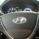 2015 Hyundai i20 European spec steering wheel live image