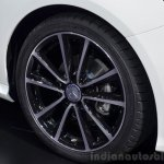 2015 Mercedes B Class wheel at the 2014 Paris Motor Show