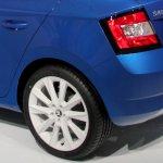 2015 Skoda Fabia images taillight