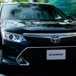 2015 Toyota Camry Hybrid facelift press shots lights