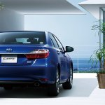 2015 Toyota Camry Hybrid facelift press shots rear
