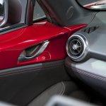 2016 Mazda MX-5 Miata door release