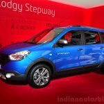Dacia Lodgy Stepway front three quarters at the 2014 Paris Motor Show