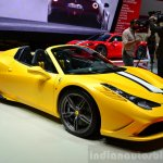 Ferrari 458 Speciale Aperta front three quarter at the 2014 Paris Motor Show
