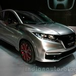 Honda HR-V Modulo Concept front three quarters at the 2014 Indonesian International Motor Show