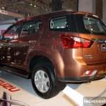 Isuzu MU-X at the CAMPI 2014rear left three quarter