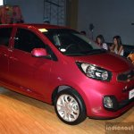 Kia Picanto front right three quarter at the CAMPI 2014