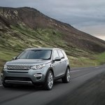 Land Rover Discovery Sport press shots dynamic