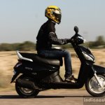 Mahindra Gusto Review on the move