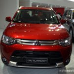 Mitusbishi Outlander front at the 2014 Philippines International Motor Show