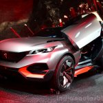 Peugeot Quartz front three quarter right at the 2014 Paris Motor Show