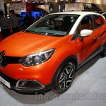 Renault Captur at the 2014 Indonesia International Motor Show front quarter