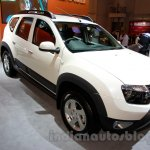 Renault Duster AWD at the 2014 Indonesia International Motor Show front quarter