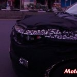 Spied Mahindra S101 spotted chrome foglight