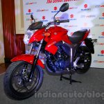 Suzuki Gixxer front three quarters right at the Indian launch