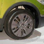 Suzuki SX-4 S-Cross wheel at the Indonesia International Motor Show 2014