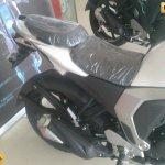 Yamaha Fazer FI V2.0 spied split seat