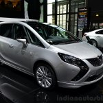 2015 Opel Zafira Tourer 2.0-litre CDTI front three quarter at the 2014 Paris Motor Show