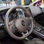 2015 Renault Espace dashboard at the 2014 Paris Motor Show