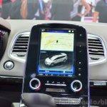 2015 Renault Espace infotainment display at the 2014 Paris Motor Show