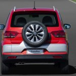 2015 VW CrossFox rear