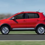 2015 VW CrossFox side