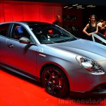 Alfa Romeo Giulietta Quadrifoglio Verde front three quarters at the 2014 Paris Motor Show