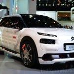 Citroen Cactus Airflow 2L Concept front three quarters at the 2014 Paris Motor Show